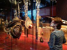 acervo  maravilhoso e inspirador de peças de todos os povos de todos os continentes. museu Quai Branly - Paris
