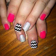 Summer nails Gel nail art Chevron #nailsbyamanda