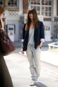 la-modella-mafia-Caroline-de-Maigret-model-off-duty-street-style-Paris/ Grabble