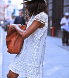 White Lace O-neck Sleeveless Mini Dress
