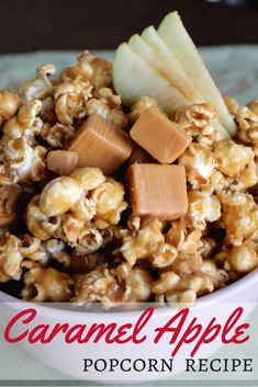 Not a lot better than a quick, easy and delicious DIY Caramel Apple Popcorn Recipe! This one's got a perfect combination of tart, sweet and spice from apple cider. Caramel Apple Popcorn Recipe, Flavored Popcorn, Gourmet Popcorn, Caramel Apples, Popcorn Bowl, Snack Mix Recipes, Popcorn Recipes, Dessert Recipes, Snack Mixes