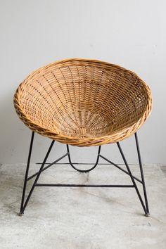 rattan ist nicht nur was f r outdoor gerade im herbst macht sich ein rattan sessel mit. Black Bedroom Furniture Sets. Home Design Ideas