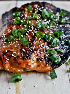 Toasted Sesame Ginger Salmon I howsweeteats.com