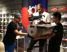 Kevin Durant Is Gifted A Special Pair Of KD 9s By Fan In China