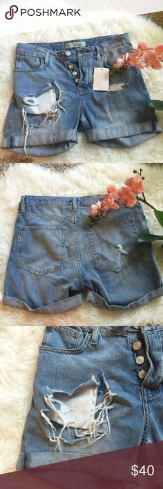 NWT Topshop high rise shorts Size us4. Light denim. Brand new with tag Topshop Shorts Jean Shorts