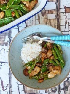 Een Aziatische maaltijd met zelfgemaakte roerbaksaus, dat wordt smullen!