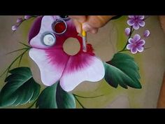 Fabric Painting, Diy Painting, Painting & Drawing, Painting Tutorials, Painting Lessons, Art Lessons, Ribbon Embroidery Tutorial, Fabric Paint Designs, Tole Painting Patterns