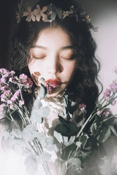 Dreamy Photography, Fantasy Photography, Portrait Photography, Uzzlang Girl, Art Girl, Foto Portrait, Girls With Flowers, Cool Stuff, Aesthetic Girl