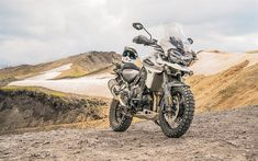 Download wallpapers Triumph Tiger 1200, 2018 bikes, superbikes, offroad, Triumph