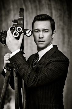 Joseph Gordon-Levitt. Umm. Yes