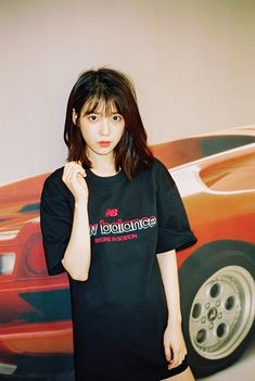 180506 IU for Dazed X New Balance Korea Interview photos Cr: Dazed Korea Kpop Short Hair, Kpop Hair, Taeyeon Short Hair, Korean Short Hair, Kpop Girl Groups, Kpop Girls, Iu Hair, Hair Bangs, Korean Girl