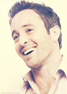 Alex O'Loughlin. - one hell of an accent to go with that face ;)