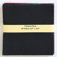 """asc-120-404540 x (4,5"""" x 4,5"""" - ~ 11,43 cm x 11,43 cm)  Charm Pack - 40 Unistoffe, 20 verschiedene Farben, jeweils zweimal - Stoffzusammenstellung variiert, geht aber immer über weiss/beige und alle Farben bis schwarz"""