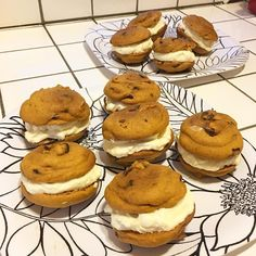 INGREDIENTS: For The Cake:2 cups almond flour1 teaspoon baking powder1 cup Sukrin Melis sweetenerpinch of salt3/4 cup pumpkin puree (unsweetened)2 teaspoons vanilla extract1 teaspoon pumpkin pie spice2 eggs1/4 cup water4 tablespoons butter, meltedFor The Filling:1 cup heavy cream3 oz cream cheese, softened1/2 cup Sukrin Melis (powdered sweetener) INSTRUCTIONS: Preheat oven to 350 degrees. Grease whoopee …