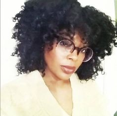 @POISONBERRY_JAM Killin'it in her FINGERCOMBER WASH & GO-FRO UNIT #NOLEAVEOUT #FULLCOVERAGE #washandgofro #PROTECTIVESTYLES #FINGERCOMBER