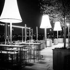 Terrace of Hotel New York by night. Photo:petraderuiter