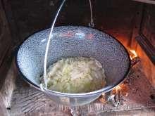11:00 Začíname variť Wok, Mashed Potatoes, Ethnic Recipes, Kitchen, Goulash Soup, Beef, Food Portions, Foods, Whipped Potatoes
