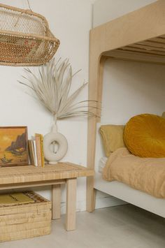 home interior decor ideas Home Bedroom, Girls Bedroom, Bedroom Decor, Bedrooms, 50s Bedroom, Scandi Living, Loft Spaces, Wabi Sabi, Interiores Design