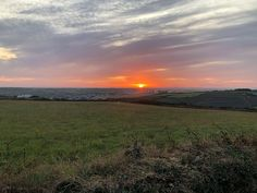 Anchor Barrow Campsite, Perranporth  -   Updated 2020 prices    - Pitchup® Trailer Tent, Newquay, Guide Dog, Dog Walking, Campsite, Car Parking, Dog Friends, Cornwall, Touring