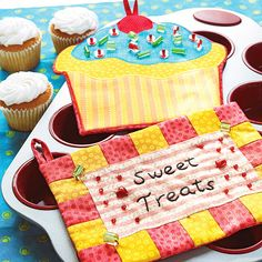 reat the cook in your life to personalized kitchen supplies. Even beginning sewers can whip up easy checkerboard and cupcake-design hot pads.  Get free sewing patterns and instructions for our hot pads.