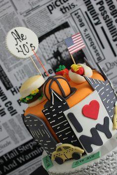 NYC themed party from Laços e Açúcar #parties #cake