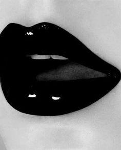 I love black lipstick. I always stock up on black lipstick I go through it fast Beautiful Lips, Black Is Beautiful, Gorgeous Makeup, Whats Wallpaper, Looks Dark, Black Lipstick, Black Lips Makeup, Orange Lipstick, Dark Makeup
