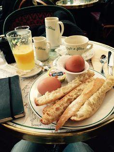 Petit-déjeuner Paris Cafe de Flore