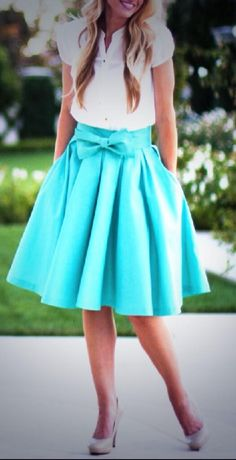 I think I'm newly in love with the bow skirt look. And I adore the color.