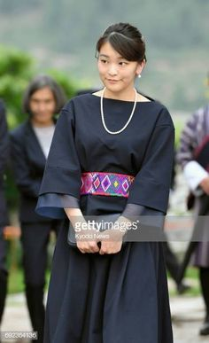 Japan's Princess Mako, the eldest grandchild of Emperor Akihito and Empress Michiko, visits Kyichu Lhakhang, a renowned Himalayan Buddhist temple in Bhutan's historic town of Paro, on June Japanese Princess, Japanese Girl, Contemporary History, Royal Queen, Casa Real, Girl Life Hacks, Lifestyle Trends, Celebs, Celebrities