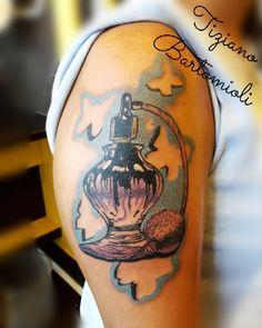 #tattoo #profumo #profumi #farfalle #porfume #sisterstattoo #love #italiantattooartist #italiantattoo