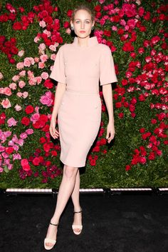 Leelee Sobieski wore Chanel at the Chanel Tribeca Film Festival Dinner in New York. Brit Marling wore Spring 2012 Gucci to a screening of Sound of My Voice in New York. Celebrity Dresses, Celebrity Style, Leelee Sobieski, Nice Dresses, Short Dresses, Ladies Lunch, Tribeca Film Festival, Girl Celebrities, Rose Photos