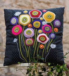 Wallflower Cushion-Pattern