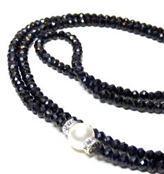 Long  microfaceted Black Spinel and pearl necklace, black diamond necklace, gemstone, gemstone necklace, black jewelry, handcrafted jewelry