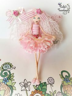 isn't she just so super sweet! She wears her matching top, shoes Diy Arts And Crafts, Creative Crafts, Felt Dolls, Doll Toys, Little Girl Crafts, Fairy Birthday Party, Clothespin Dolls, Mermaid Dolls, Flower Fairies