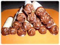 Show details for Recept - Trubičky poctivé domácí Czech Recipes, Russian Recipes, Ethnic Recipes, Sweet And Salty, Cupcake Recipes, Christmas Cookies, Sweet Recipes, Icing, Sweet Tooth