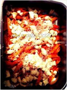 Per una pasta diversa...perchè non provare a metterla in forno?!  For a different pasta ... why not try to put it in the oven?!