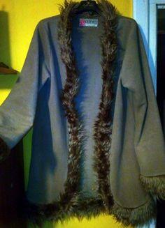 Kup mój przedmiot na #vintedpl http://www.vinted.pl/damska-odziez/swetry-z-dlugim-rekawem/20673893-sweterek-z-futerkiem