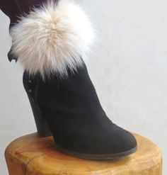Ivory fur Multi wear accent by Dazzle Me