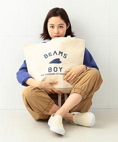 【ZOZOTOWN】BEAMS BOY(ビームスボーイ)のトートバッグ「BEAMS BOY / BB ロゴ TOTE BAG (L)」(13-61-0383-146)を購入できます。