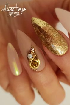 30 Hot Nails Almond Shape Colors 2019 Different Nail Shapes amazing nail art designs Nice easy nail art designs art designs trends for Nails with vuntage Look Picture Credit Beach Nail Designs, Simple Nail Art Designs, Winter Nail Designs, Easy Nail Art, Different Nail Shapes, New Nail Colors, Beach Nails, Instagram Nails, Hot Nails