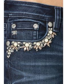 Miss Me Mid-Rise Embroidered Front Pocket Jeans - Boot Cut - diy trim / denim craft inspo Kleidung Design, Diy Kleidung, Diy Jeans, Denim Fashion, Womens Fashion, Diy Vetement, Diy Mode, Denim Ideas, Denim Crafts