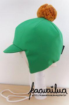 Pdf-kaava Lasten talvihattu 36-52 cm Tämä kaava sisältää pdf-kaavat ja suomenkieliset ohjeet ihanan lasten talvihatun valmistamiseen. Hattu on malliltaan hyvin istuva ja korvia suojaava. Kaava on mitoitettu siten että valmiin hatun alla on tilaa myös ohuelle kypärämyssylle. Jos haluat