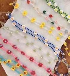 Bead Jewellery, Seed Bead Jewelry, Cute Jewelry, Beaded Jewelry, Handmade Jewelry, Beaded Bracelets, Jewelry Tags, Handmade Bracelets, Jewelry Crafts