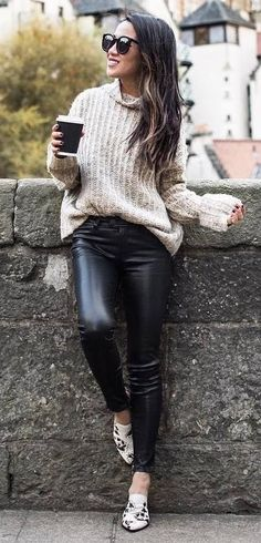 fall outfit / sweater + leather skinnies + loafers