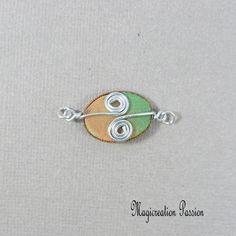Connecteur cabochon soie orange, vert et argenté Arabesque, Belly Button Rings, Cabochons, Montage, Boutique, Jewelry, Playing Card, Silk, Unique Jewelry
