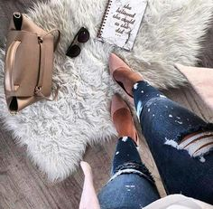 Borse scarpe e accessori.. che passione! Bags shoes and accessories.. what a passion!  #sterlizia #sterliziashop #sterlfashion #wonderful #enjoy #beautiful #bag #love #shopping #luxury #madeinitaly #ecommerce #onlinestore #buy #girl #girls #style #spring #tweegram #joy #fashion #instafashion #fashionista #instagood #trendsetter #instamood #instadaily #photooftheday #love #cool