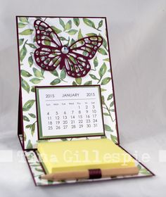 Desk-ready easel card with calendar and post-its ~ by Tina Gillespie, Scissors Paper Card Post It Note Holders, Step Cards, Fun Fold Cards, Easel Cards, Craft Show Ideas, Card Tutorials, Paper Gifts, Stampin Up Cards, Making Ideas