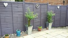 Love the colour of my new fence - Lavender by Cuprinol Garden Shades. Love the colour of my new fence – Lavender by Cuprinol Garden Shades. A really 'smokey' lavender which Garden Fence Paint, Garden Painting, Garden Fencing, Garden Landscaping, Fence Painting, Back Gardens, Small Gardens, Courtyard Gardens, Cuprinol Garden Shades