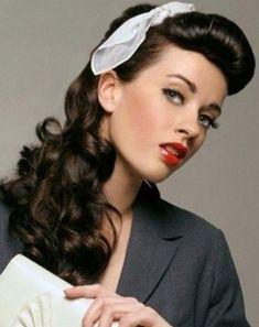 acconciature anni 50 capelli lunghi ricci - Cerca con Google