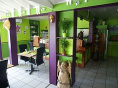 Refreshing Thai Terrace for Tropical Exterior : Purple Green Thai Terrace Restourant White Ceramic Floor Buddha Statue In Small Interior Des...